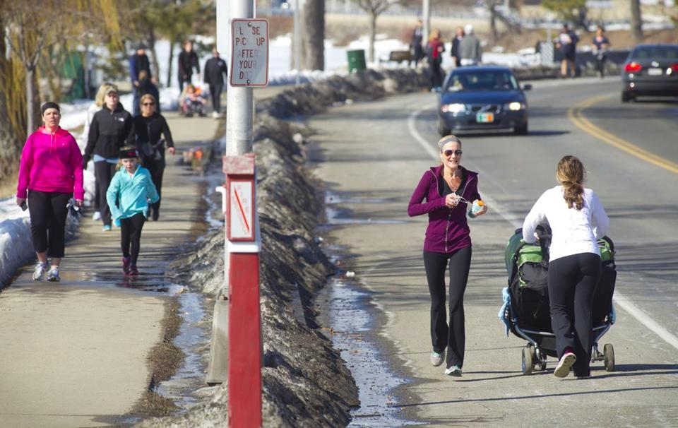 In Wakefield, runners, dog owners, and others flocked to the walking path around Lake Quannapowitt on Saturday.